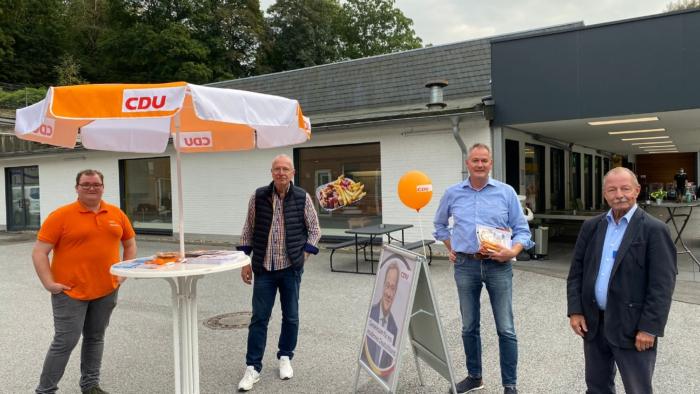 202109 Infostand Carsten Brodesser CDU Radevormwald